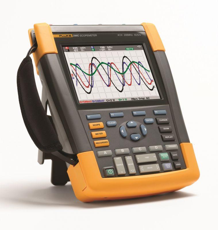 Nové ScopeMetery Fluke posouvají laťku ručních osciloskopů 190-204_300dpi_95x100mm_d2.jpg