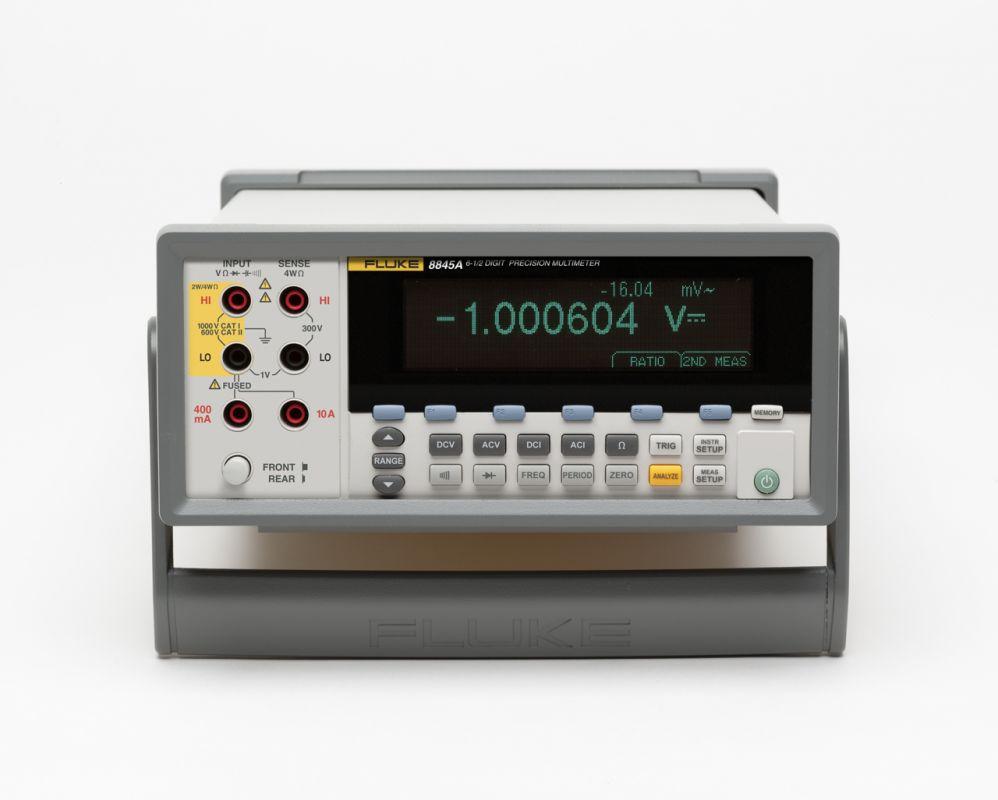 Stolový multimeter FLUKE 8845A