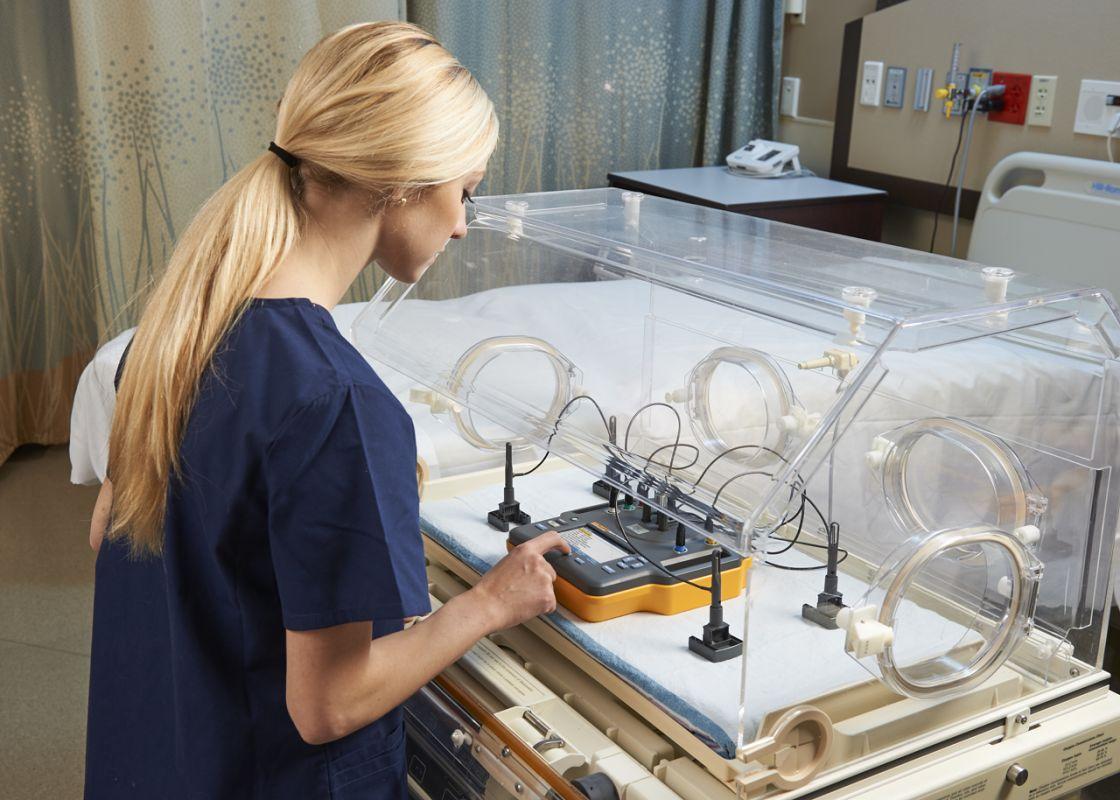 Analyzátor inkubátorů INCU II