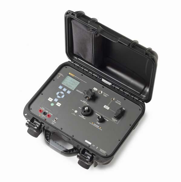 Přenosný tlakový kalibrátor