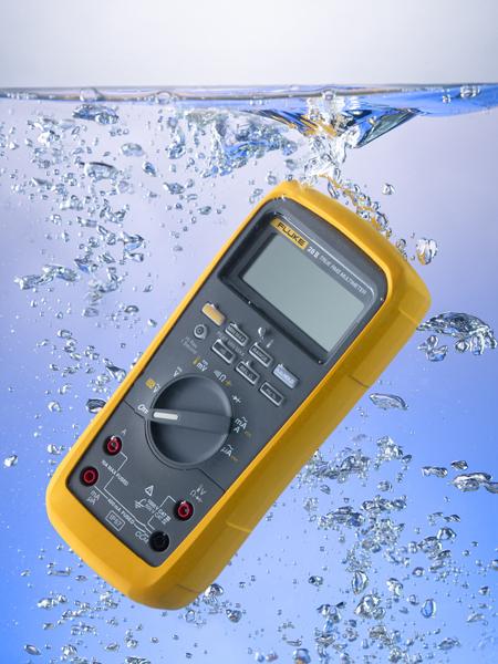 Odolný TRMS digitálny multimeter Fluke 28 II